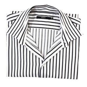 Meeste triiksärk pakitud