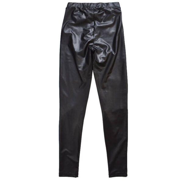 Mustad püksid tagant (4)