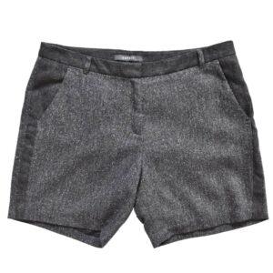 Velvetist lühikesed püksid